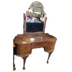 * Walnut Veneer Curved Front Dressing Table