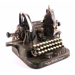 Antique Oliver No. 5 Typewriter