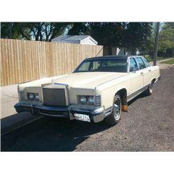 NO RESERVE! 1978 LINCOLN TOWN CAR 4 DOOR