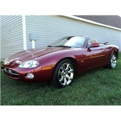 2004 JAGUAR XK-8 CONVERTIBLE - ONLY 41400 MILES!