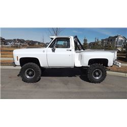 1979 CHEVROLET SILVERADO STEPSIDE 4X4 PICK-UP