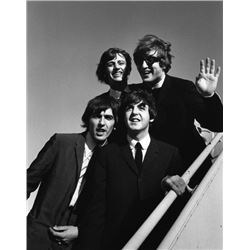 BILL RAY SIGNED: THE BEATLES LANDING IN LA 1964 SILVER GELATIN 16X20 INCHES.