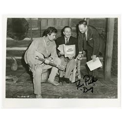 Fess Parker Signed Publicity Photo.