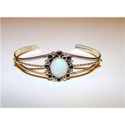 Vintage Native American Navajo Sterling Silver 925 Opal Cuff Bracelet