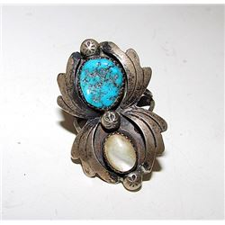 Native American Navajo Old Pawn Sterling Silver Kingman Mine Turquoise Mother of Pearl MOP Ring Squa