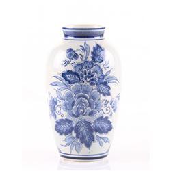 """Delfts pottery vase signed """"Delfts 402 Handwerk Holland"""