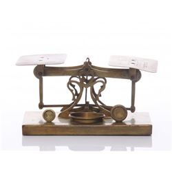 Antique postal scale.  SIZE: see attached ruler photo.