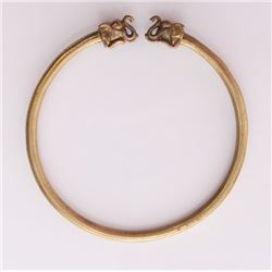 Vintage brass Elephant bangle.  SIZE: see attached rule