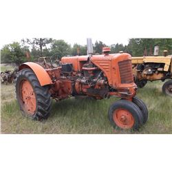 UTU Rednose MM Tractor- Complete Overhaul- Runs Good- Bad Rear Wheel and Tire- Gas