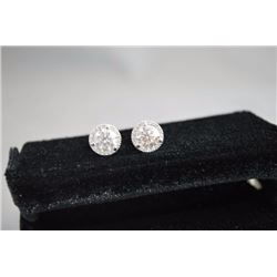 PAIR OF 18K WHITE GOLD EAR STUDS