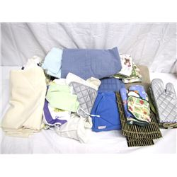 Misc. Personal Property (1): Box of kitchen linens, place mats, dishtowels, etc. Misc. Personal Prop