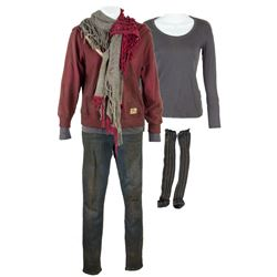 Cassie Stage 3 Dirty Costume from The 5th Wave
