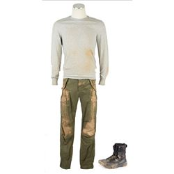 Ben Parish (Nick Robinson) Hero Distressed Training Costume from The 5th Wave