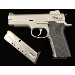 Smith & Wesson 4006 .40 S&W SN:TFD3235