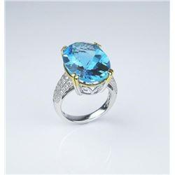 Stunning Ladies Ring