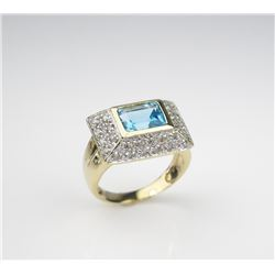 Exquisite Art Deco Design Ladies Ring