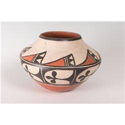 """Santo Domingo Pueblo Pot by Arthur and Hilda Coriz, 8"""" x 12"""""""