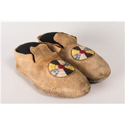 """Northern Plains Quilled Man's Moccasins, 10 ½"""" long"""