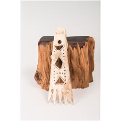 "Southern Plains Bone Roach Spreader, 7"" long"