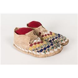 """Sioux Beaded Youth Moccasins, 9"""" long"""