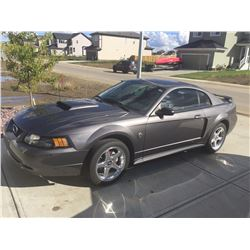 2004 FORD MUSTANG GT ONLY 65000 KM