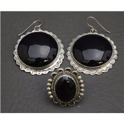 NAVAJO EARRING AND RING (PLATERO)