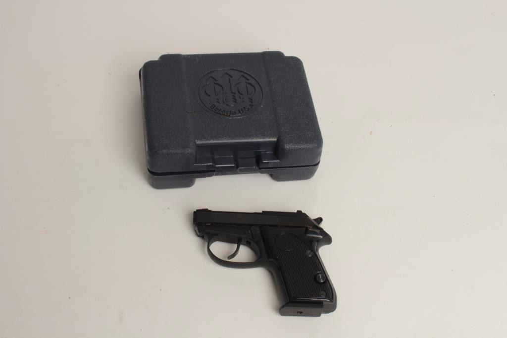 "Beretta Tomcat Model pistol,  32 caliber, 2 5"""
