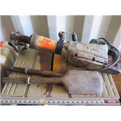 Makita HM1304B Demolition Hammer