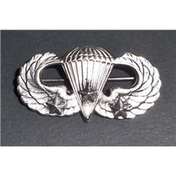 US ARMY AIRBORNE PARATROOPER JUMP WING W/ THREE BATTLE STARS