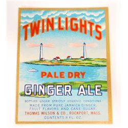VINTAGE TWIN LIGHTS PALE DRY GINGER ALE ADVERTISING BOTTLE LABEL