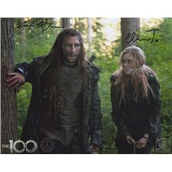 The 100 Clarke and Roan Photo Signed by Eliza Taylor & Zach McGowan