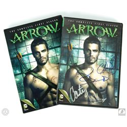 Arrow: Complete First Season 5-Disc DVD Set Signed by 4 Cast Members