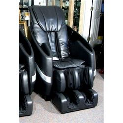 AMAZING FULL BODIED MESSAGE CHAIR