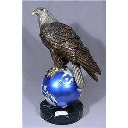FINE BRONZE SCULPTURE OF EAGLE SEATED ON PLANET EARTH