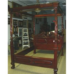 VERY FINE HAND CARVED MAHOGANY QUEEN SIZE CANOPY BED