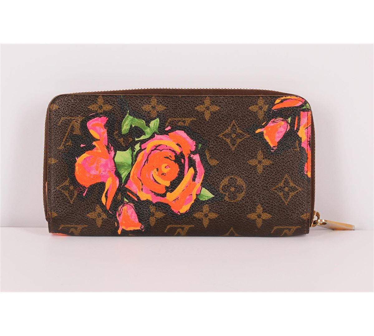 2851bd78e39a ... Image 3   Authentic Louis Vuitton Limited Edition Roses Stephen Sprouse  Zippy Wallet ...