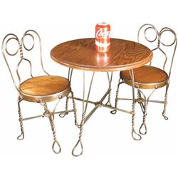 Rare Child's Chicago Wire Ice Cream Table and Chairs