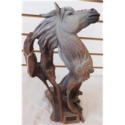 7 Horses Sculpture