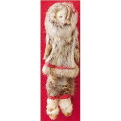 Eskimo Sculpture w/Clothes