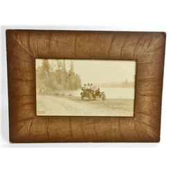 VINTAGE FAMILY DRIVE MODEL T-FORD MOUNTED PHOTO