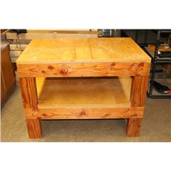 Large Wooden Shooter/Reloader Table