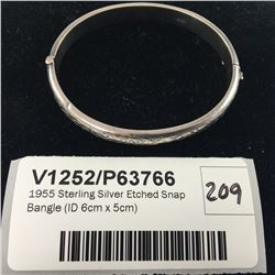 1955 Sterling Silver Etched Snap Bangle (ID 6cm x 5cm)