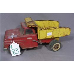 VINTAGE TONKA 1960'S RED AND YELLOW DUMP TRUCK