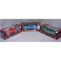 THREE ROAD LEGENDS 1:18 COLLECTION CARS