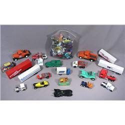 LARGE BOX LOT OF MANY VINTAGE CARS