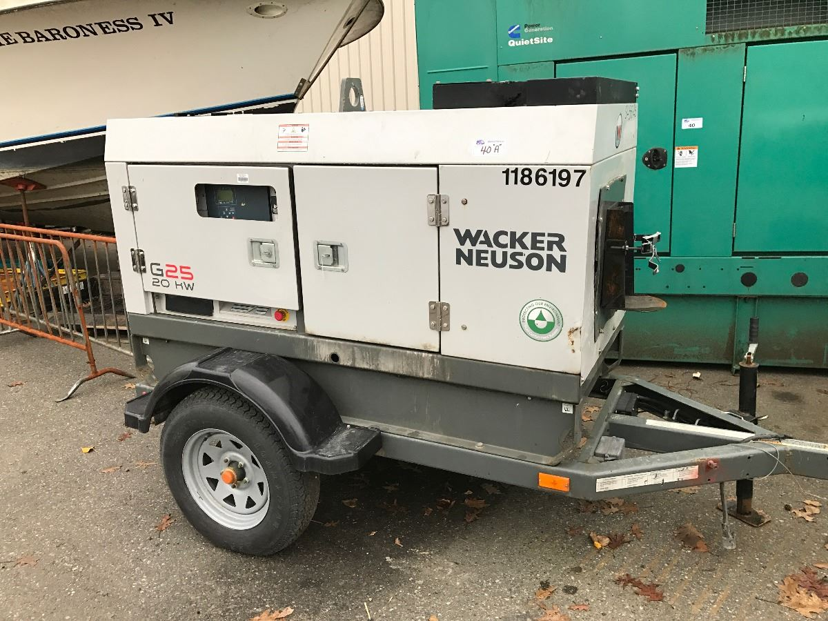 wacker neuson g25 20kw portable generator on trailer