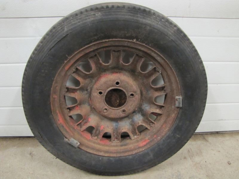 Metal Spoked Wheel Rim W Nash Hubcap No Shipping Pick Up In