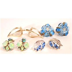 LOT OF 4 PAIRS OF VINTAGE COSTUME JEWELRY EARRINGS