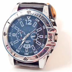 MENS LARGE SPORTS WRISTWATCH