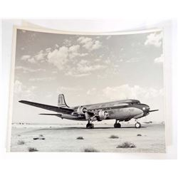 VINTAGE BLACK & WHITE PHOTOGRAPH UNITED AIRLINES DOUGLAS DC-6